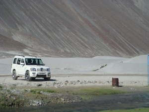 Leh Ladakah Tour Packages - Gurdial Taxi Services