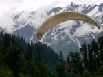 Para_Gliding_In_Manali