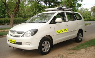 innova taxi
