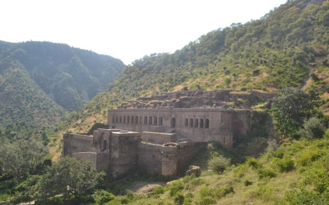 The haunted mystery of the Bhangarh Fort